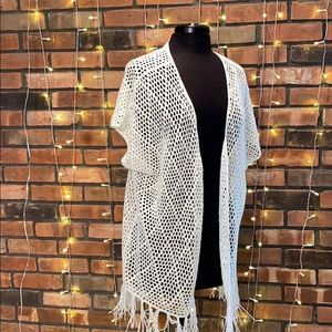rue 21 White Cream Knit Poncho Light Short Sleeved